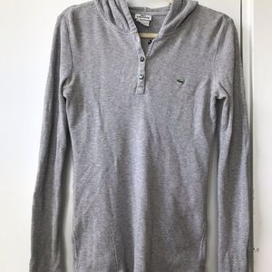 Lacoste thermal shirt with good and pockets
